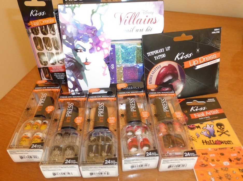 Win Halloween Nails Art and Design Limited Edition Nail Kit by Kiss ...