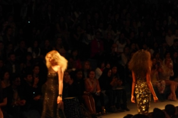 Glam Reem Acra Runway Trends at Mercedes Benz Fashion Week lets tease the hair and sparkle