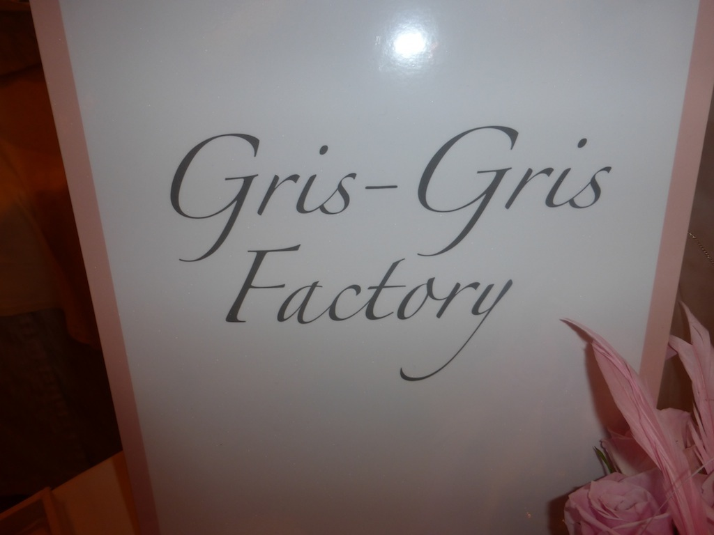 Gris-Gris Factory Jewelry Fashion Trend Time Golden Globes Oh Canada Peninsula Hotel