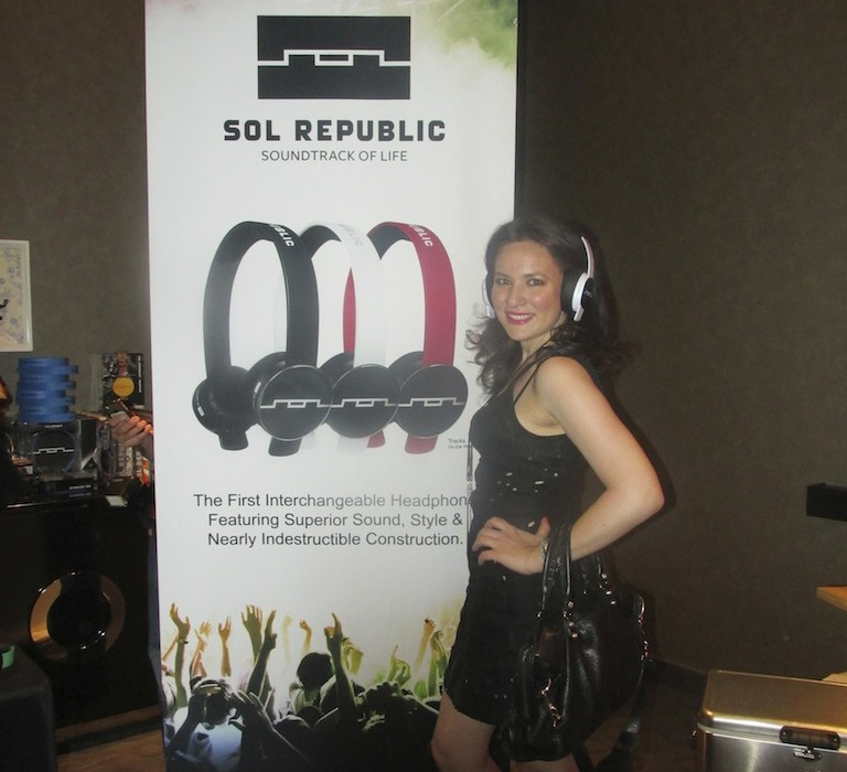 Fashionable Sol Republic Headphones