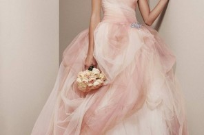Be a Beautiful Bride: Hottest Bridal Dress Trends For 2014
