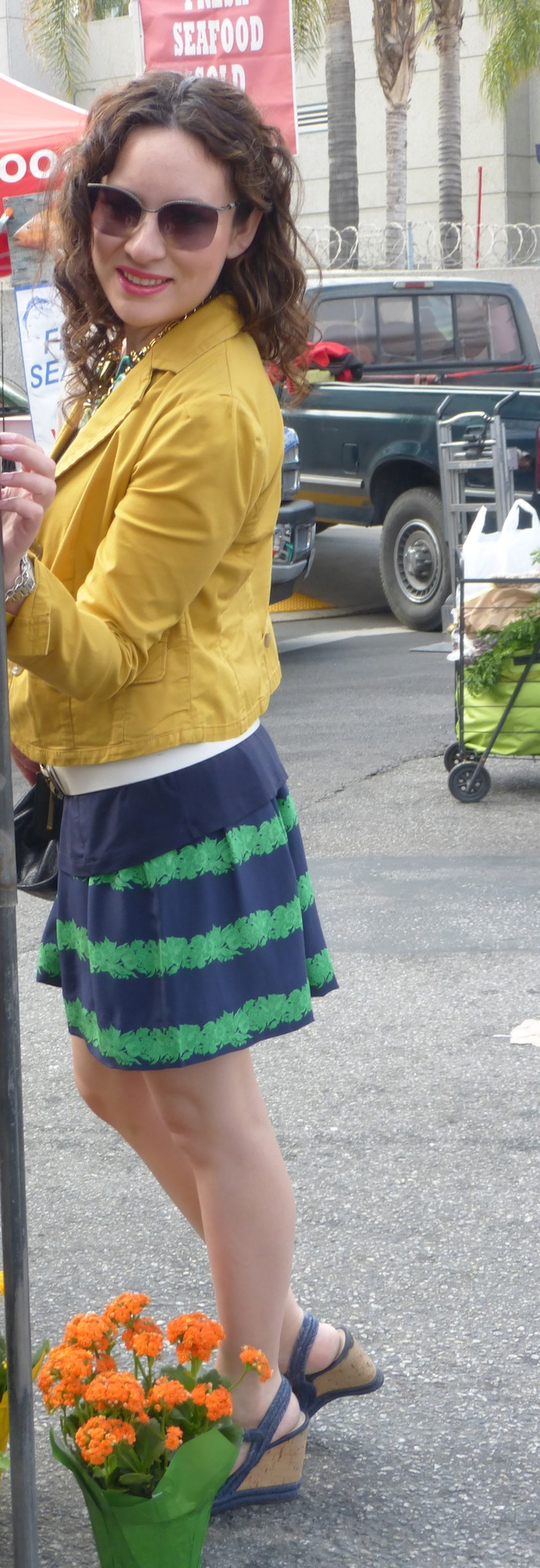 pring style trends skirts with wedges in bright colors