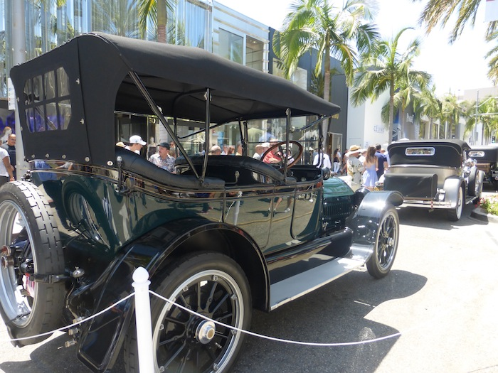 Classic Cars In Beverly Hills Car Show Fathers Day Fashion Trend - Beverly hills car show