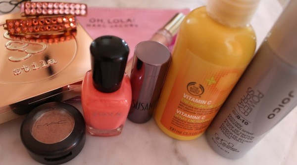 Inside My Fashion Week Beauty Bag MAC Stila Joico Zoya Nails
