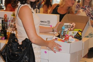 Pinch Me Gift Box It Was New York Fashion Week