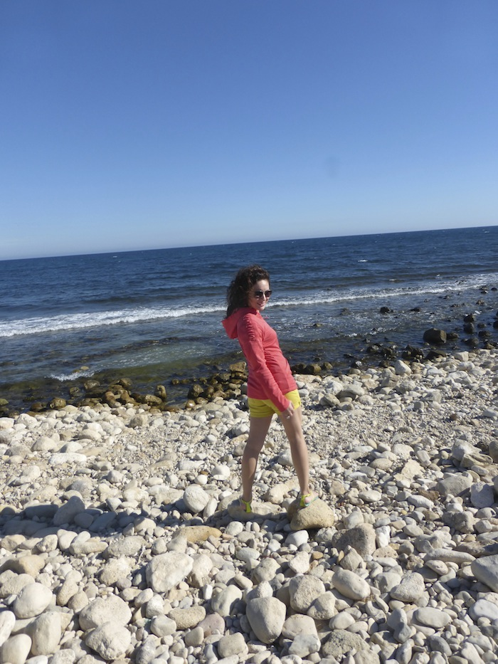 Fashion Blogger travels to Spain Ryka Coral Hoodie with Vince Shorts