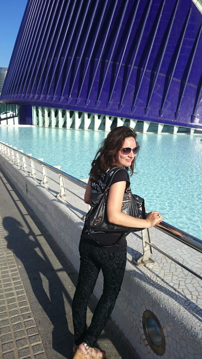 Valencia Spain Travel Fashion Blogger Wearing Balenciaga Bag and Artistix shirt