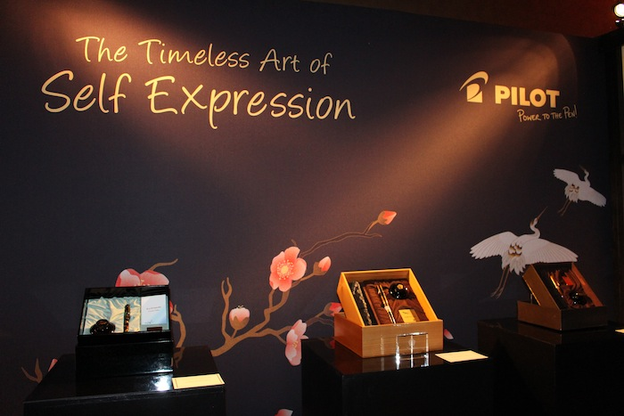 Timeless Art of Expression with Pilot stylish pens during Golden Globes Gift Lounges 2015