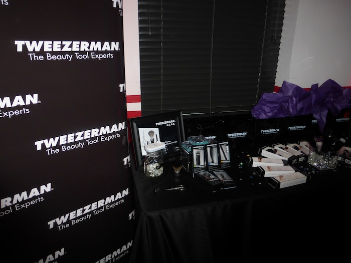 Tweezerman Makeup Brushes Are Amazing Fashion Blogger shares Beauty How To