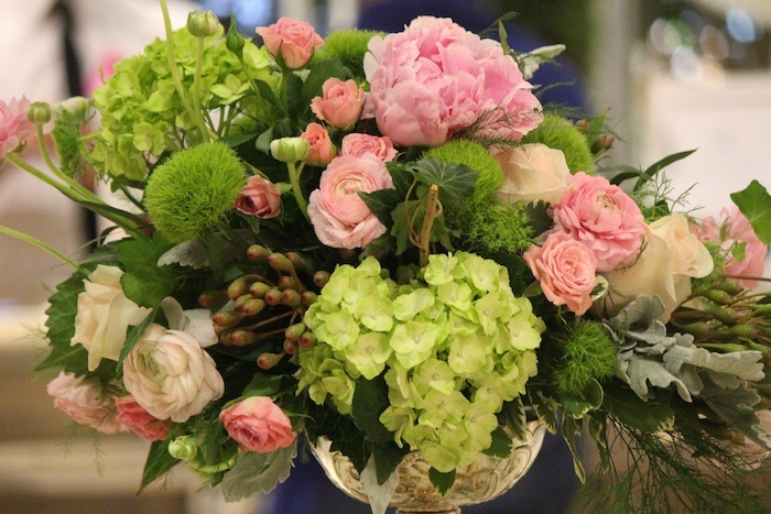Spring Travel Gorgeous Fashion Forward Style Bouquet Wedding Trends 2016