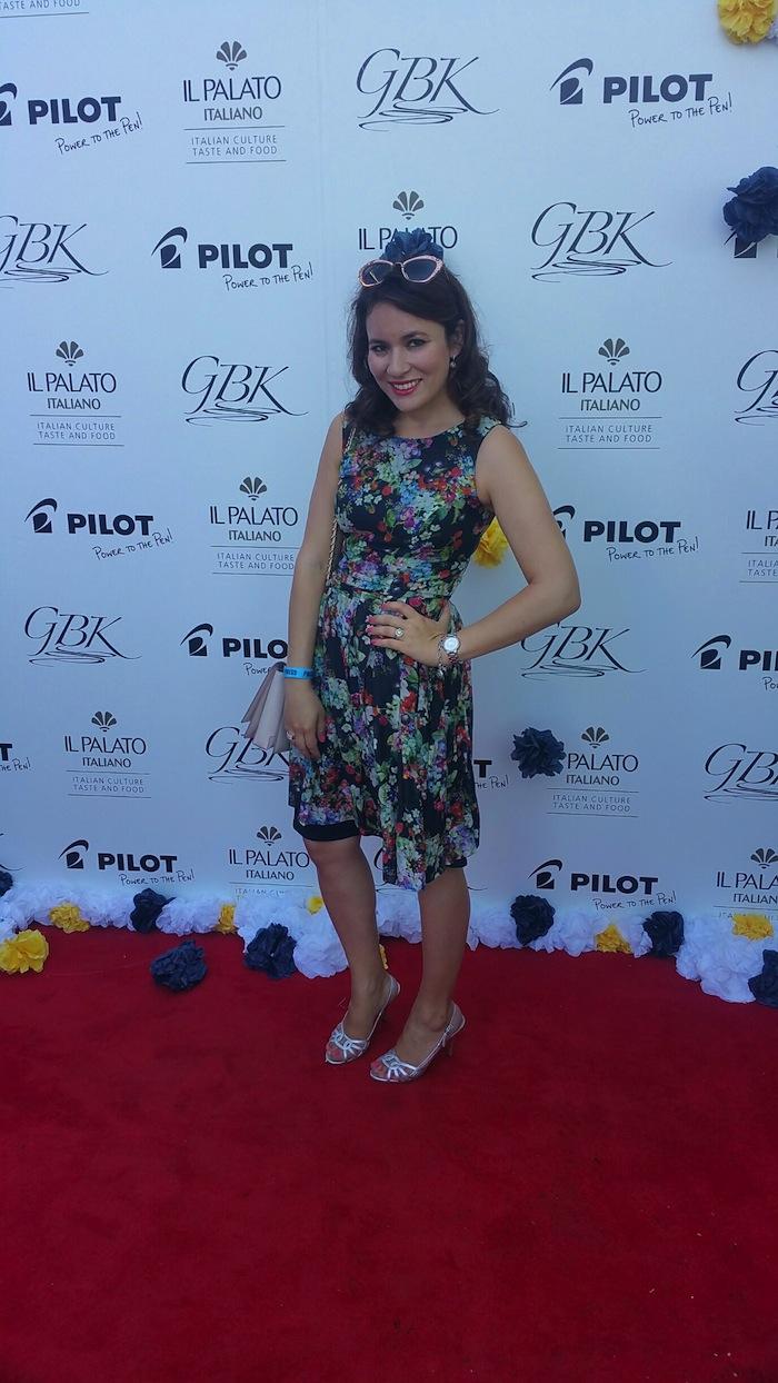 emmys 2016 celebrity gifting lounge blogger fashion style