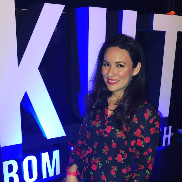 Kut from the kloth party Fashion Blogger trends rose print blouse